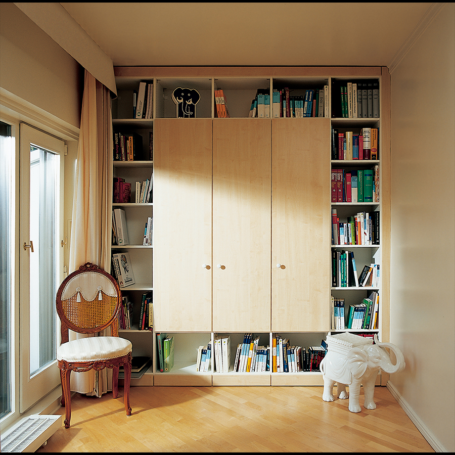 Bookshelf_08