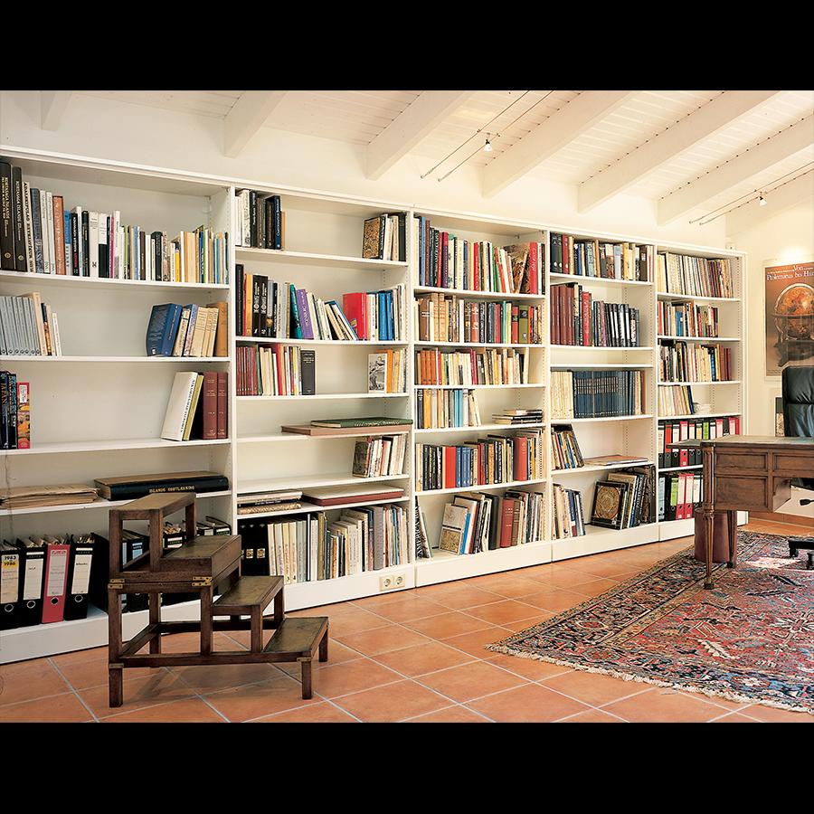 Bookshelf_14