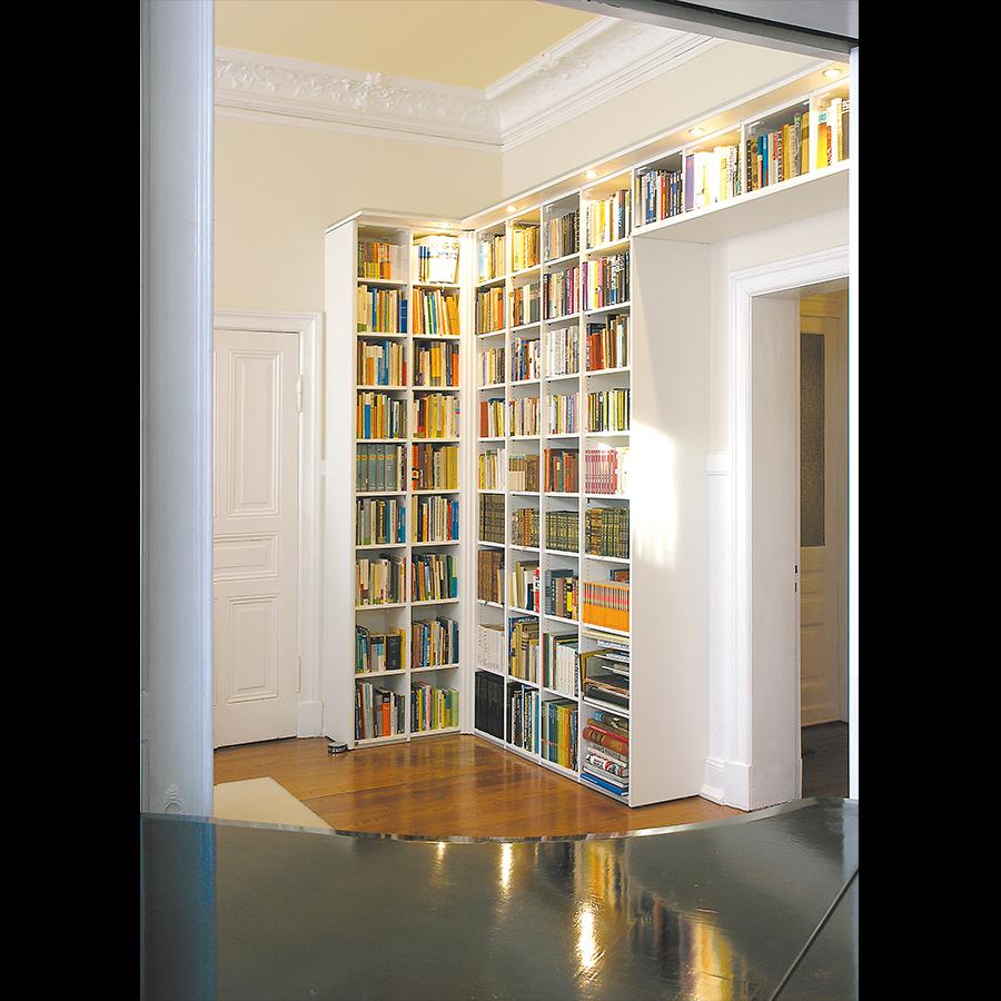 Bookshelf_16