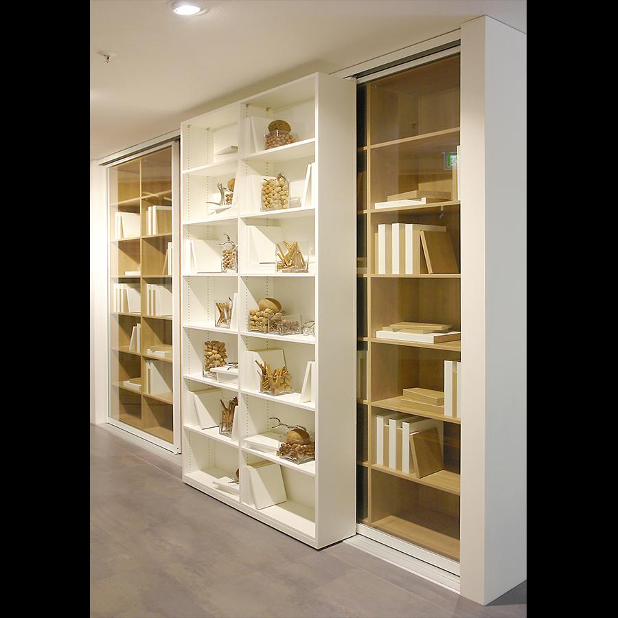 Bookshelf_34