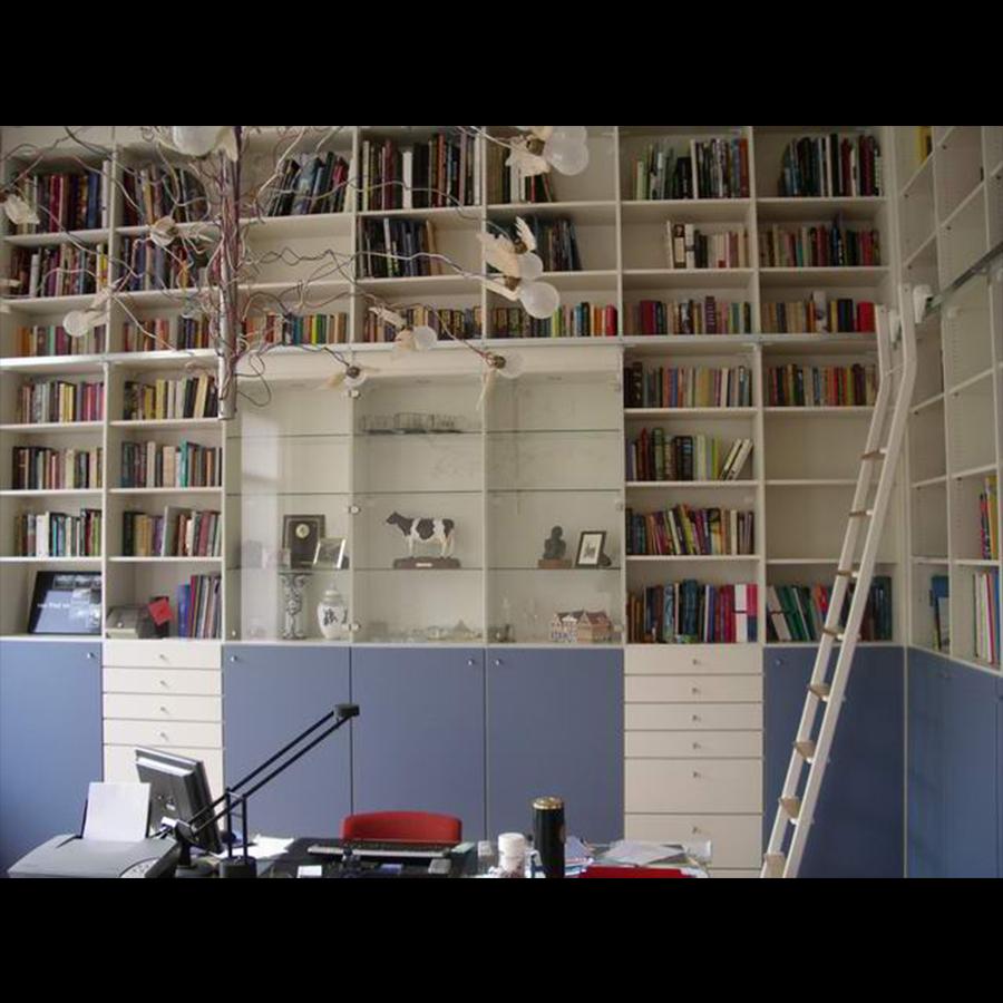 Bookshelf_58