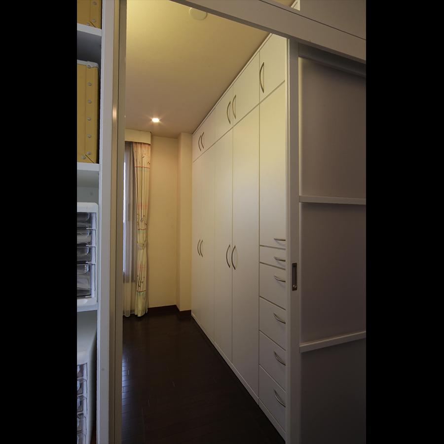 Closet_48