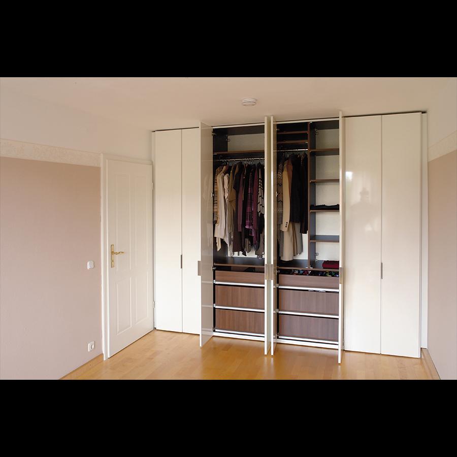 Closet_54