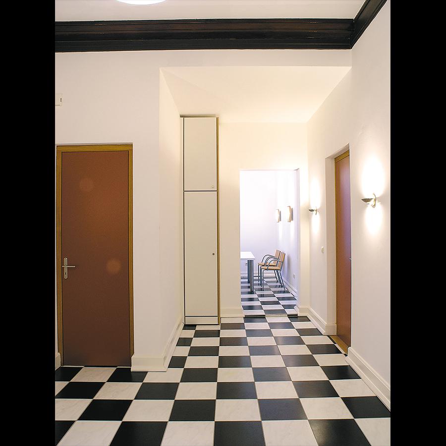 Entrance_16