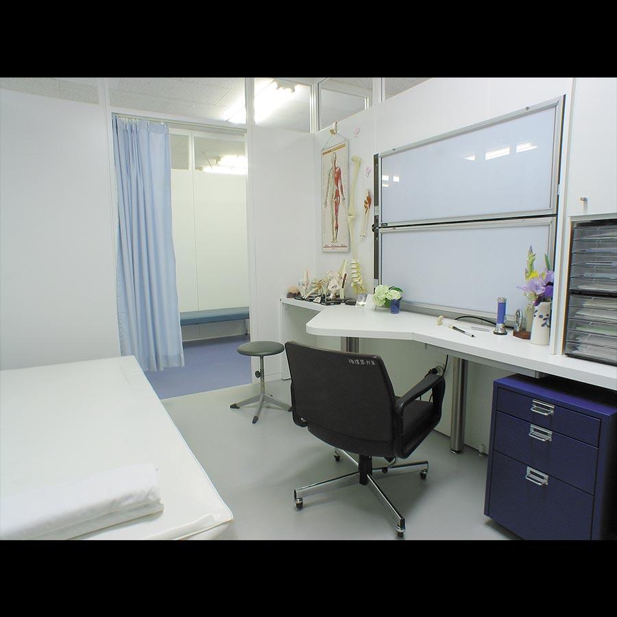 Examination-room_1_25