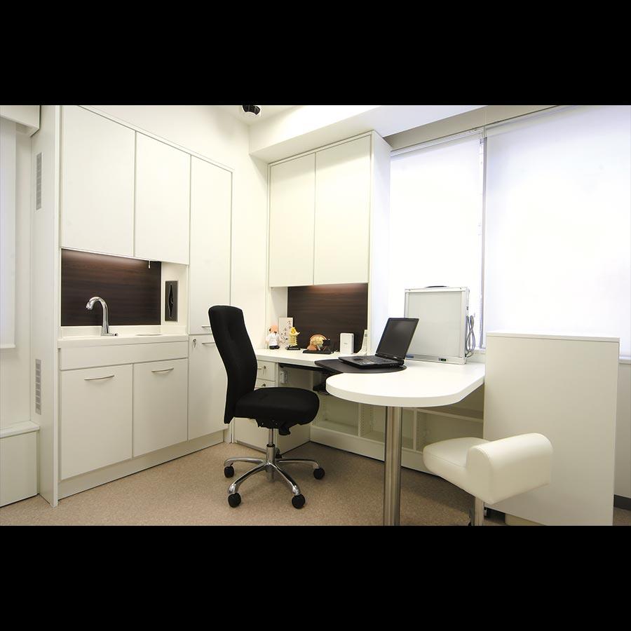 Examination-room_1_58