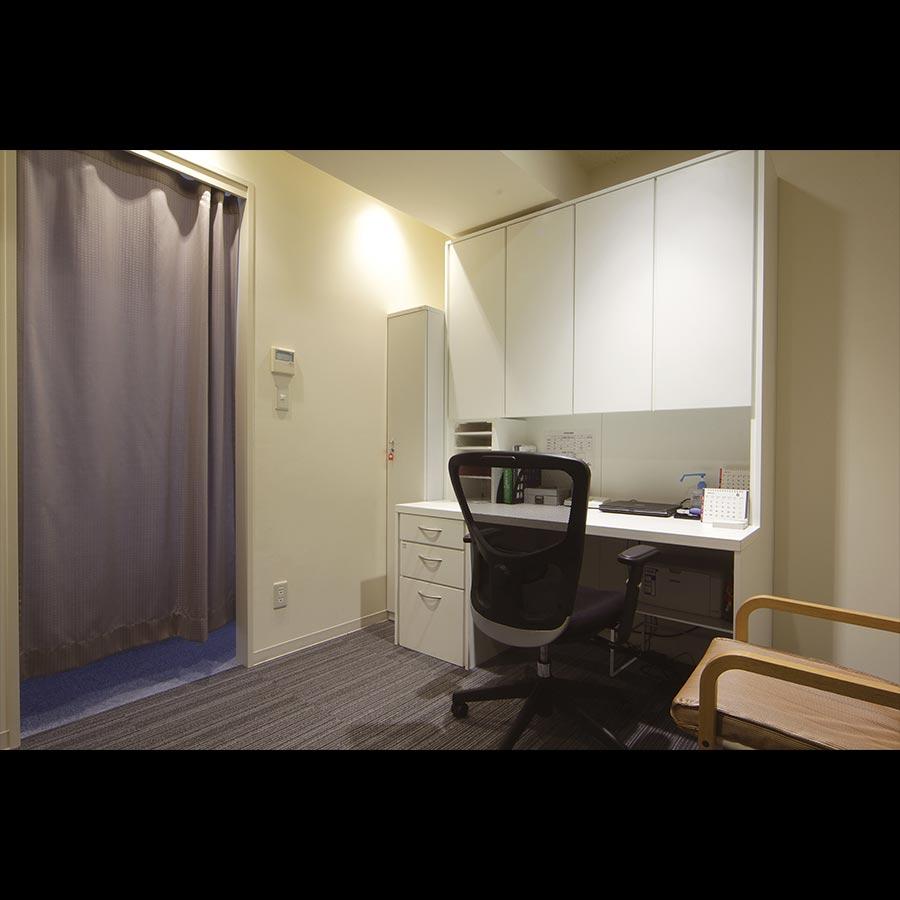 Examination-room_1_66
