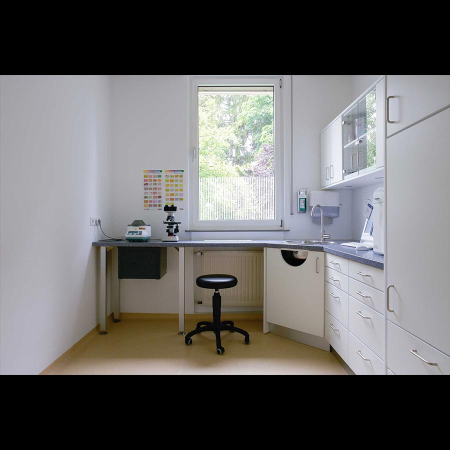 Examination-room_2_23