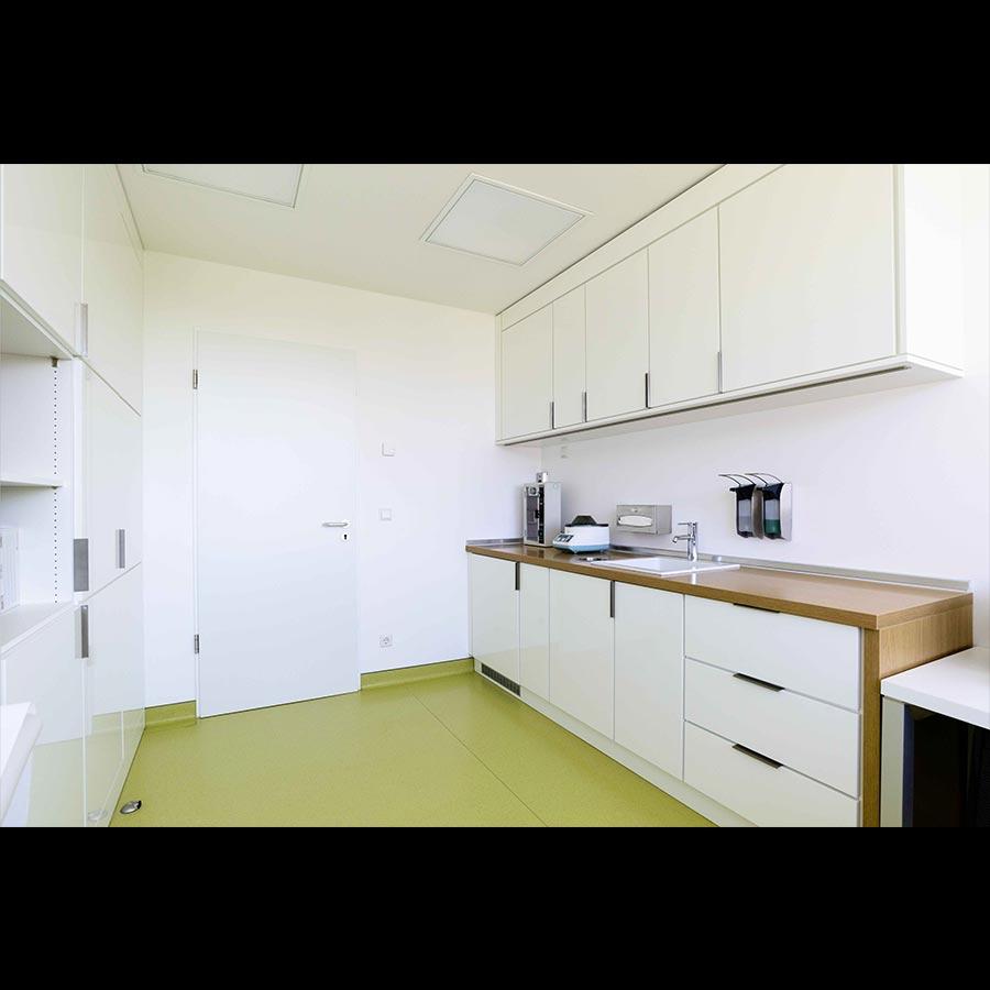 Examination-room_2_33