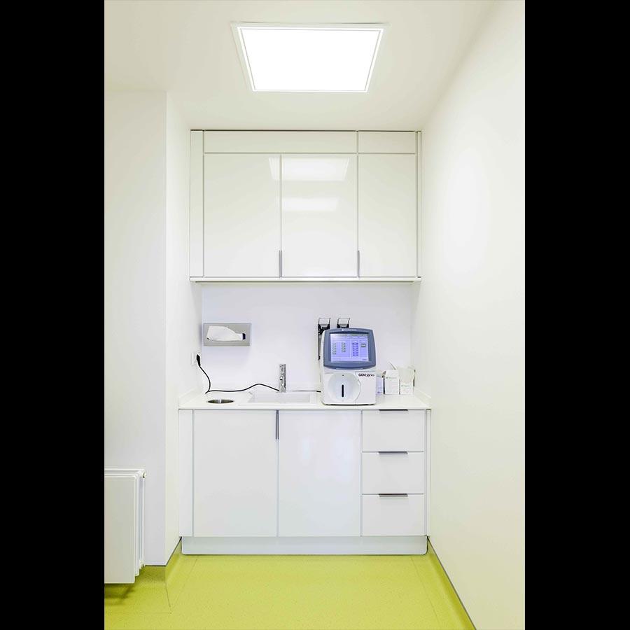 Examination-room_2_35