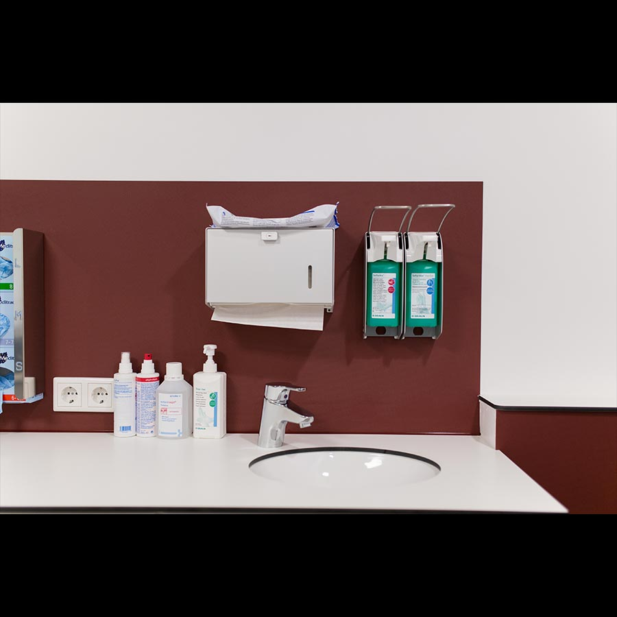 Examination-room_2_89