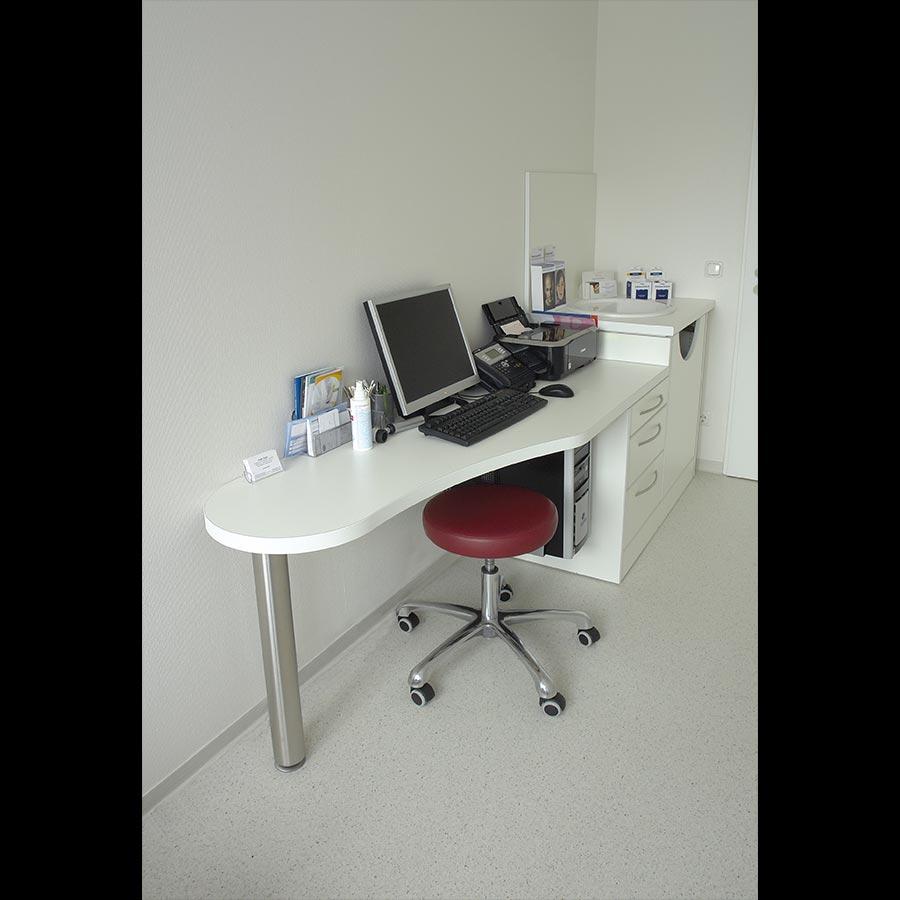 Hospital desk_17