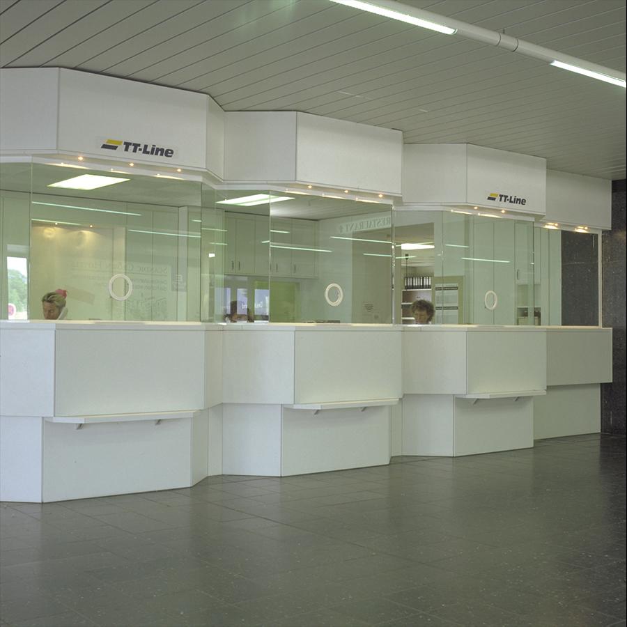 Information desk_03