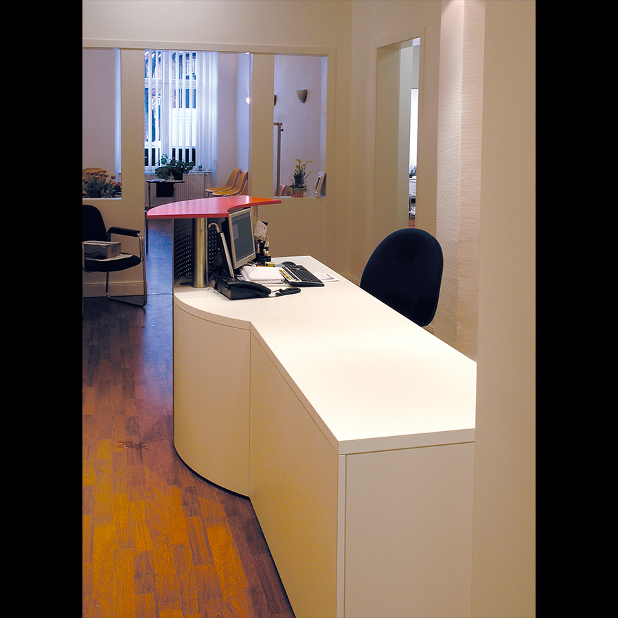 Information-desk_15