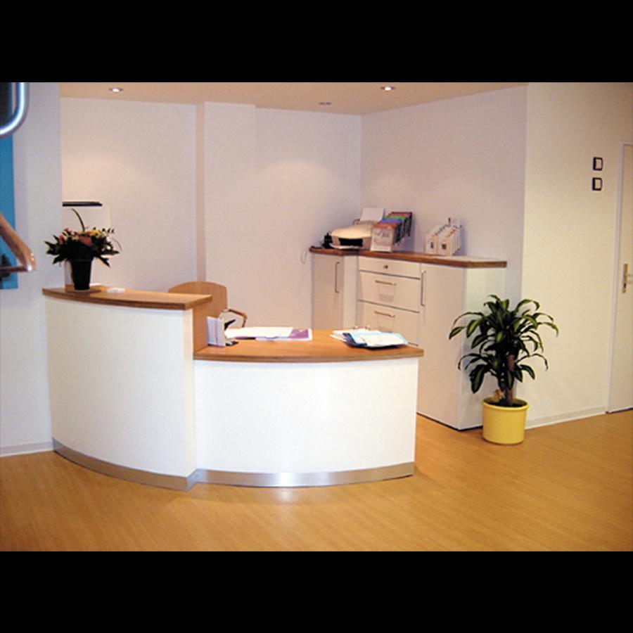 Information-desk_24