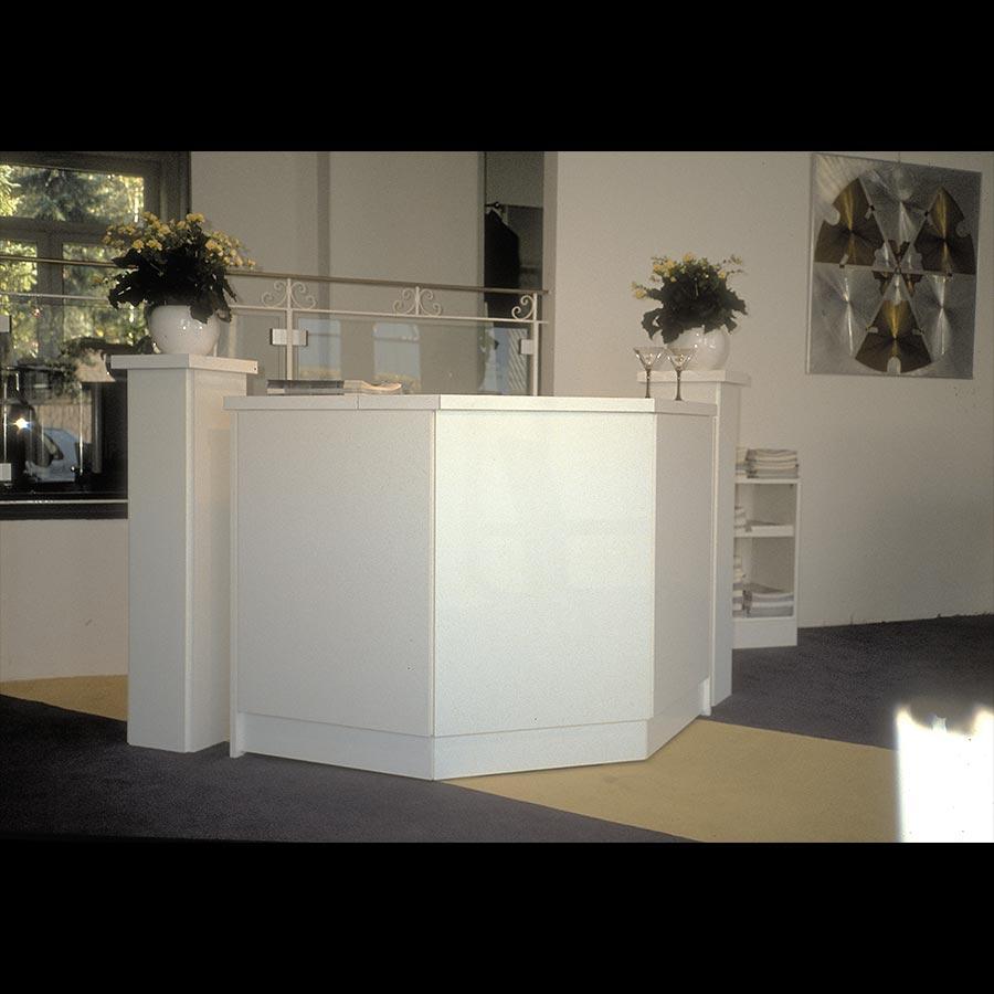 Information-desk_26
