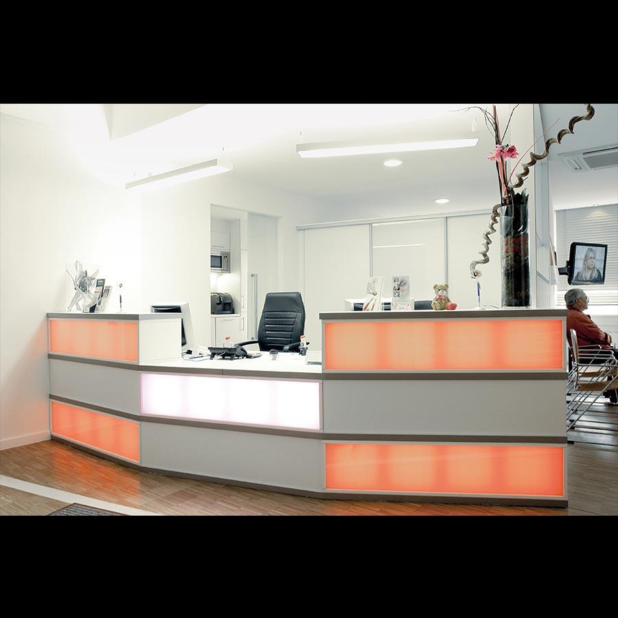 Information-desk_42