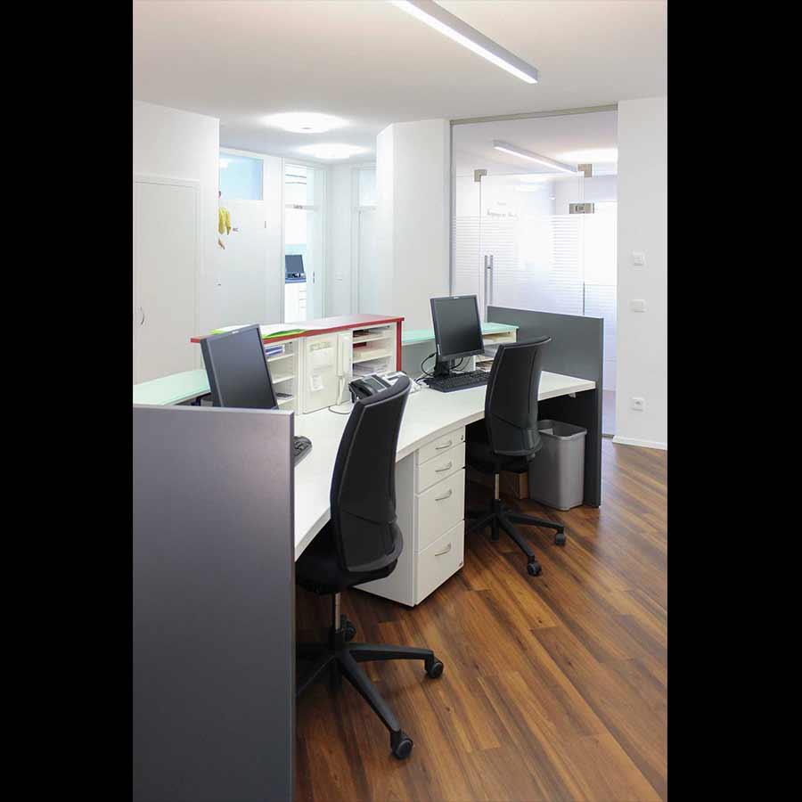 Reception-desk_110