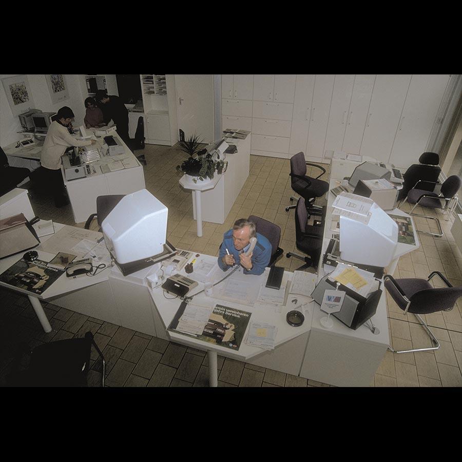 Working-desk_50