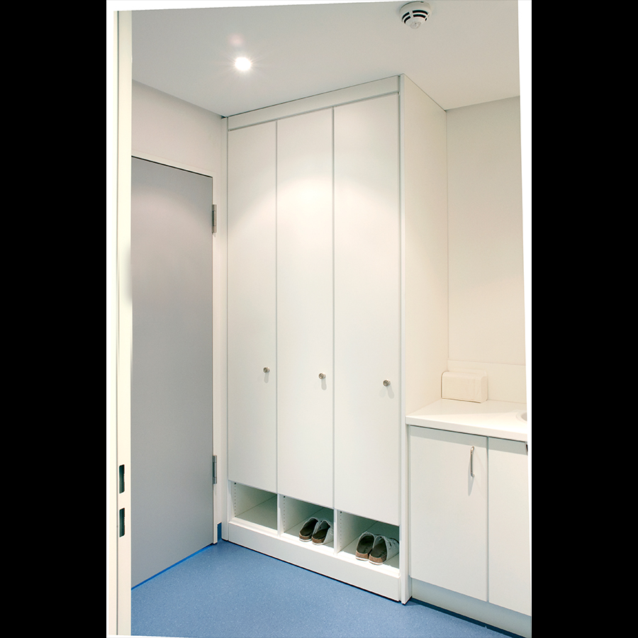 Dressing Room_02