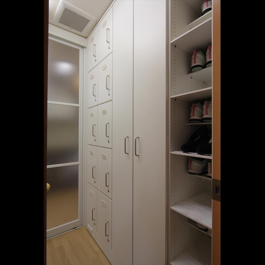 Dressing Room_10