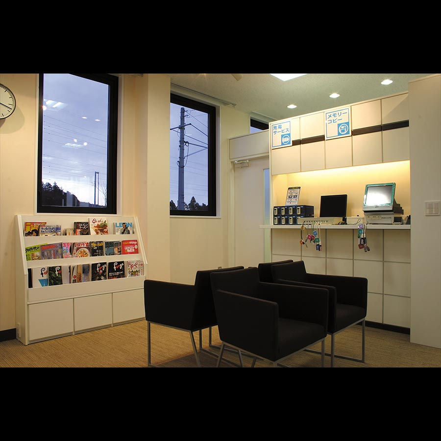 Hair-salon-and-Service-counter_30