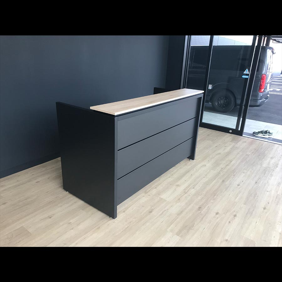 Information desk_09