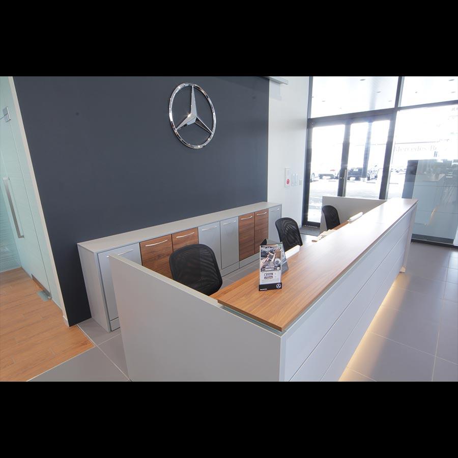 Information desk_35