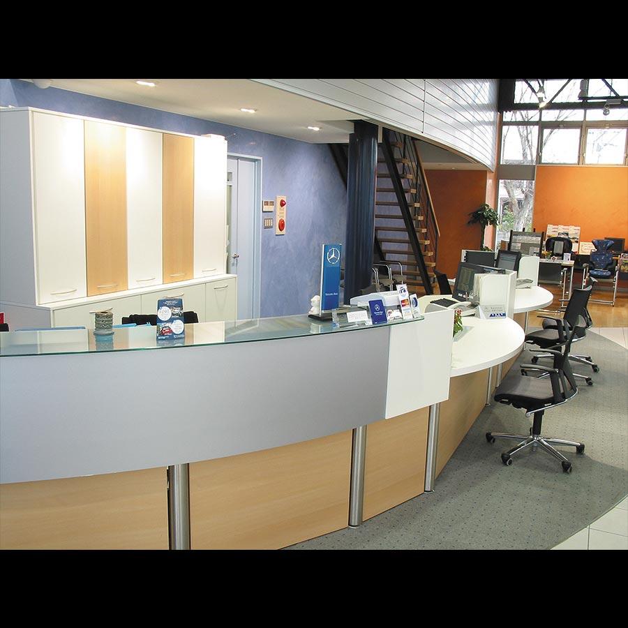 Information desk_40