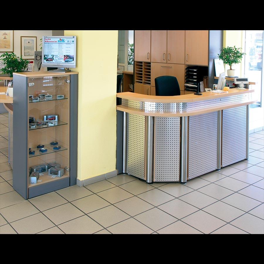 Information-desk_83