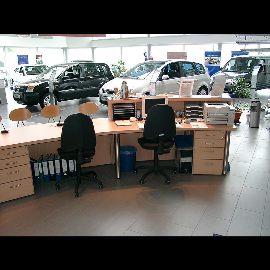 Information-desk_88
