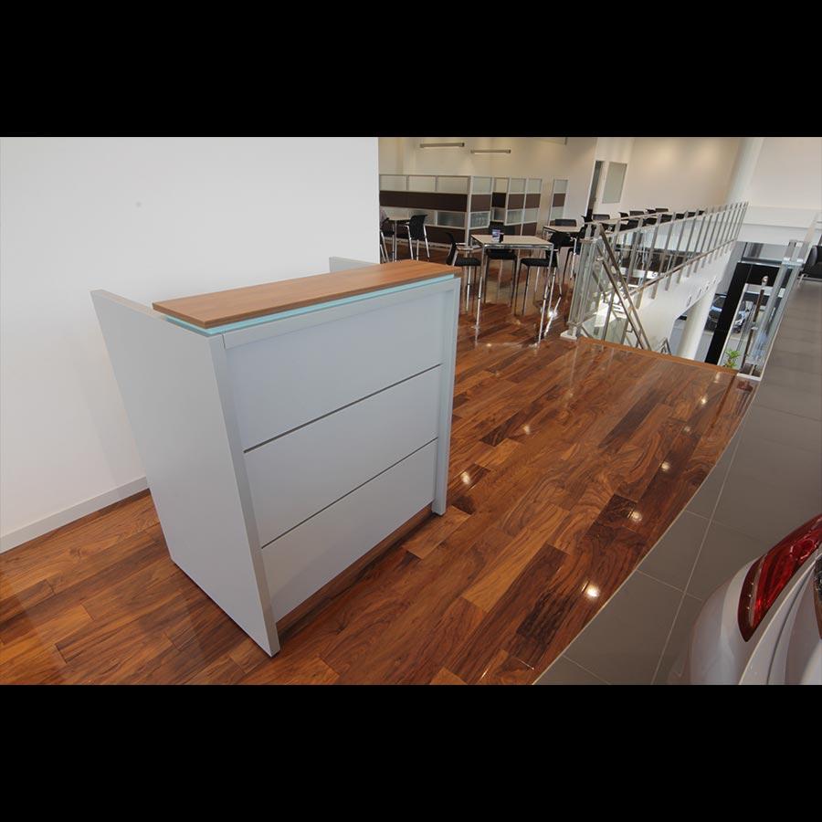 Information-desk_91