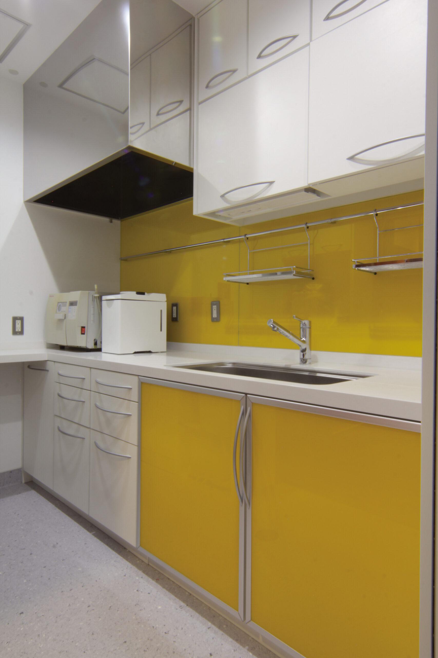 treatmentroom_4